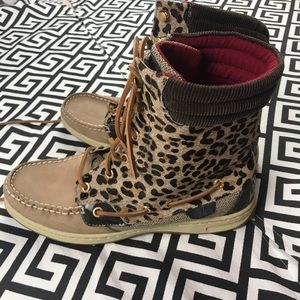 •Sperry• leopard print boots cow leather rare!